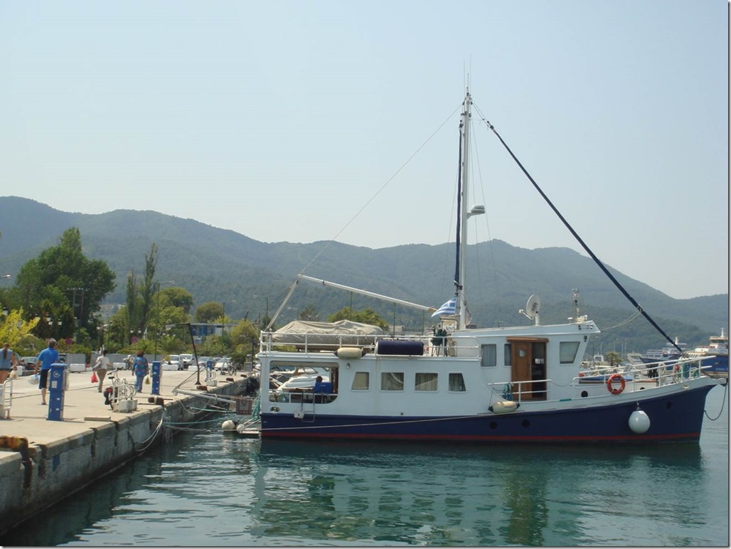 George Buehler Trawler in Kavala > Thassos New Harbor