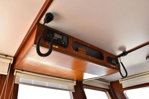 LeeZe Diesel Duck Trawler Pilot House Ovrehead