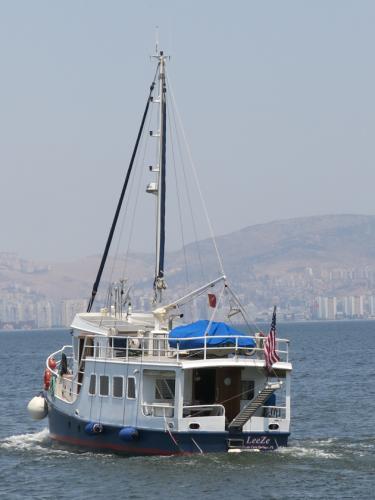 LeeZe departing the marina 3